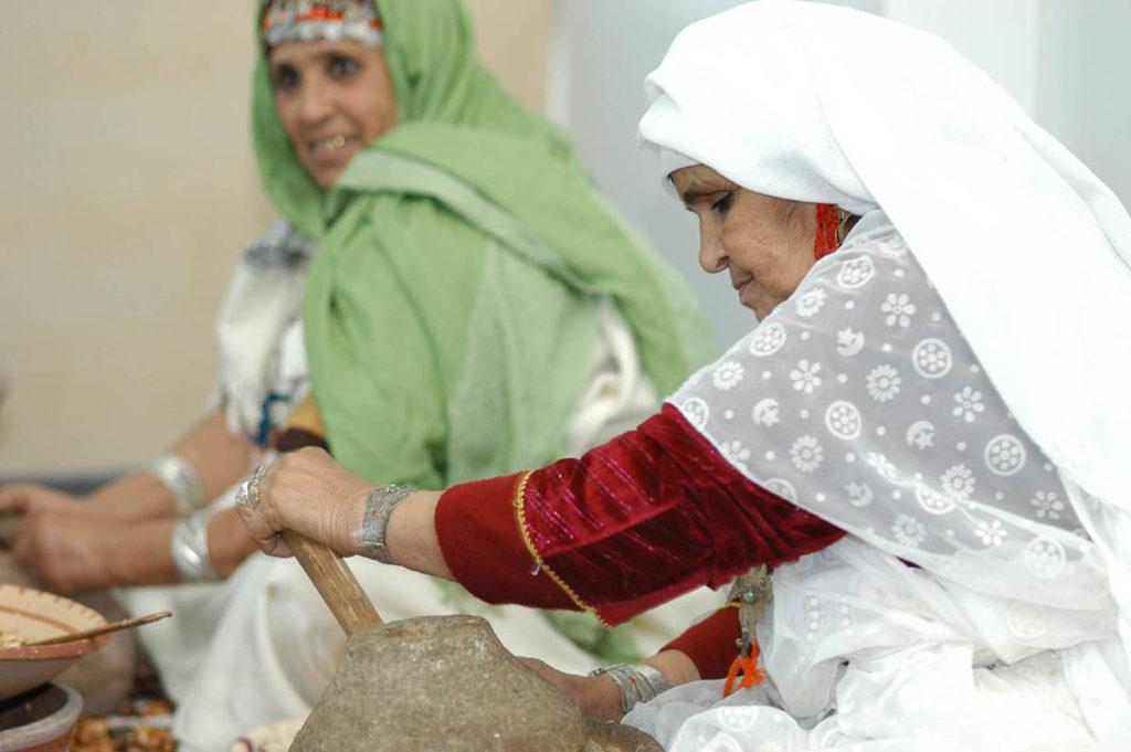 Marokko_Argan_Handpressung