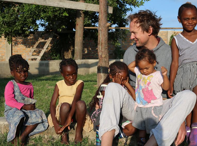 Bernhard in Sambia i+m FRauenhaus